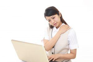 寝すぎで頭痛?肩こりも発生して睡眠障害が進む理由とは?
