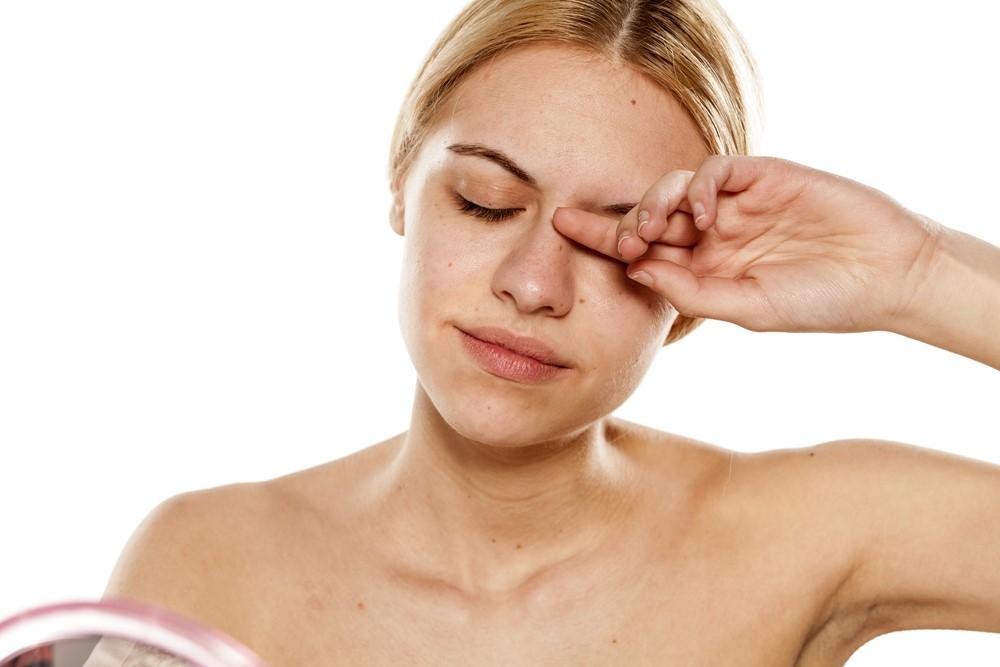 睡眠を快適にするはずの枕が肺炎を引き起こす?対策グッズはコレ!