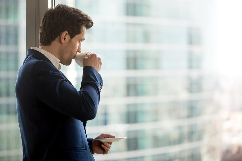 快適な睡眠の妨げになるコーヒー、不眠の人が避けるべき本当の理由!