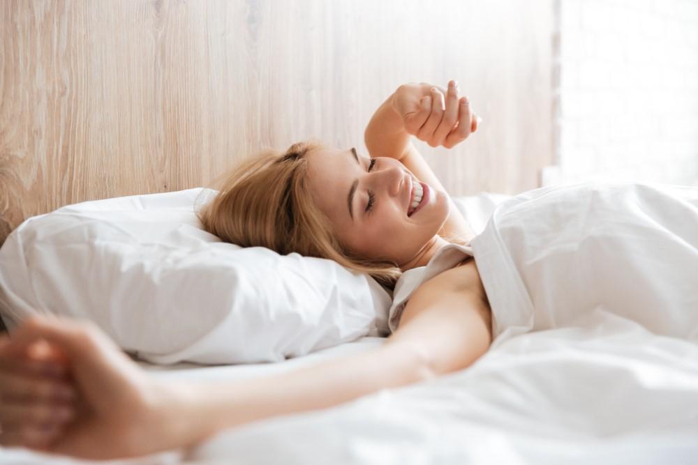 睡眠サプリで人気!DHCの売れ筋商品5つと成分の特徴