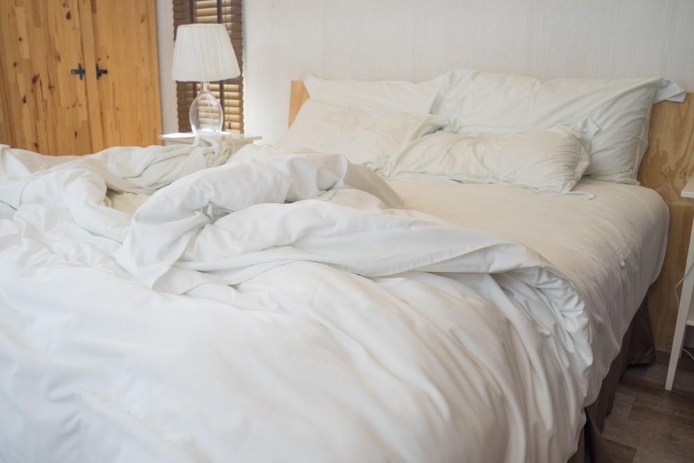 口呼吸が続くといびきが増える理由!寝具の衛生状態も関係する?