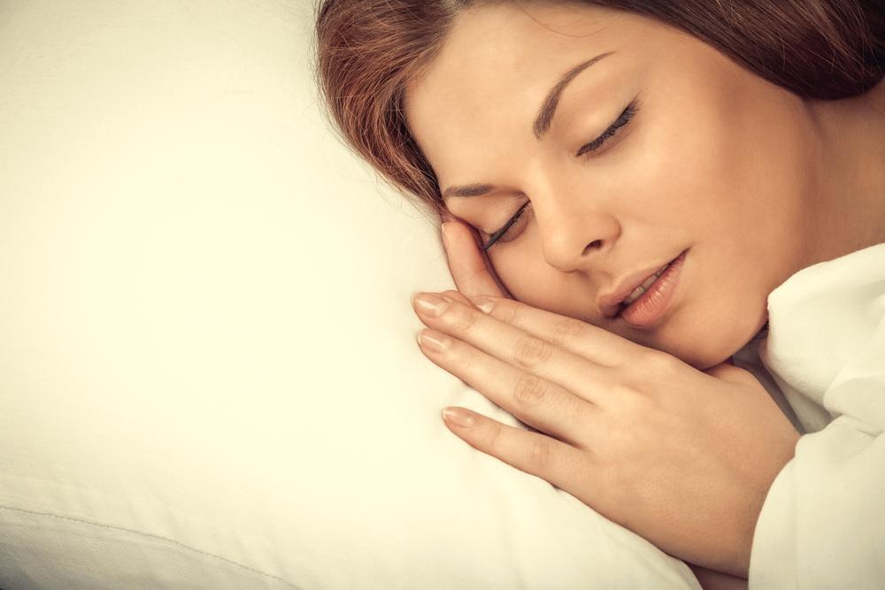 """270寝落ちの快感がクセに?睡眠の質を上げるための""""たわし習慣""""とは?"""