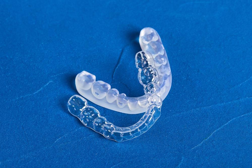 【歯ぎしりの治療に行く時間がない】今すぐ使うべき快眠グッズとは?