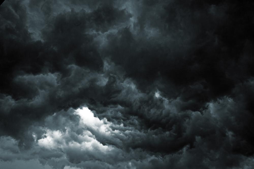 【梅雨に激増する天気痛の頭痛】緩和のポイントは気圧と自律神経対策!