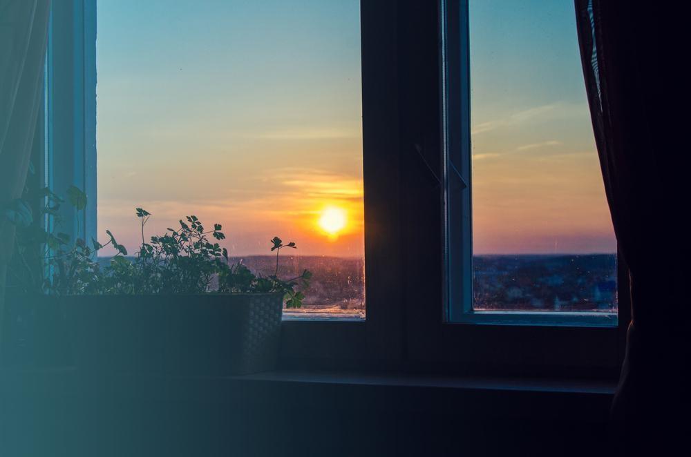 《医師監修》今年の夏は異常に暑い熱帯夜が続く?快適な睡眠確保にNGの習慣9選