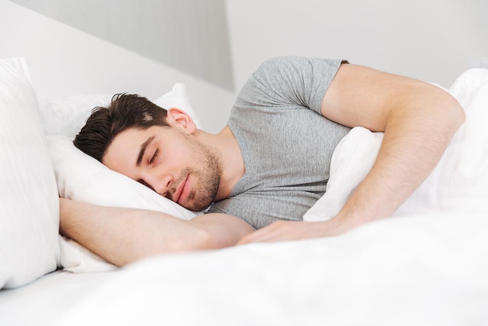 夏はストレス増大&自律神経失調の季節!冷房の影響で不眠になる?