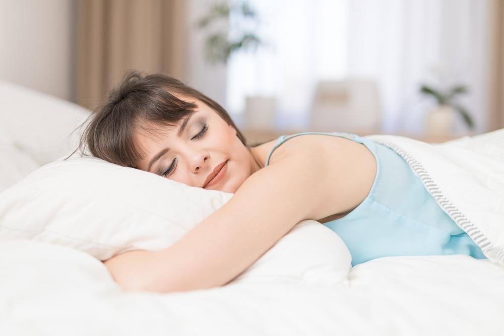 たわし枕はなぜ頭皮をいじめることにこだわったのか?睡眠用たわしの刺激の秘密