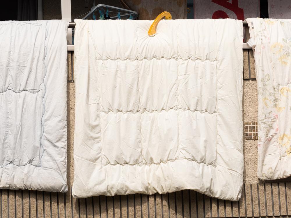 実は難しい布団圧縮袋の使い方!布団を傷めないコツは?