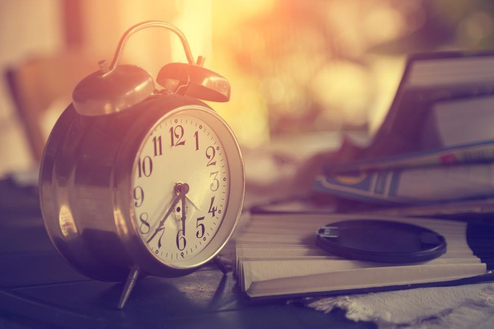 目覚めをスッキリさせる15のカンタンな方法!日光浴は明日から実践?