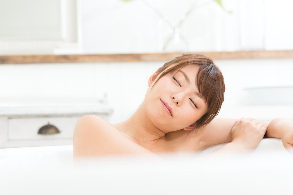 """あなたの疲れは""""寒暖差疲労""""かも?冬の正しい寝具と温活14選!"""